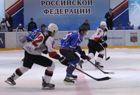 Смоленский «Славутич» обыграл ХК «Тамбов» и вышел в лидеры