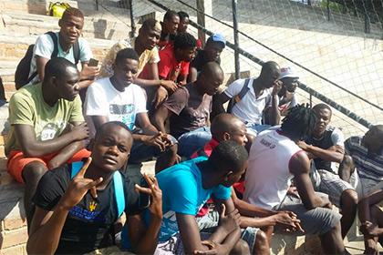 Два года не получавшие зарплату футболисты из Зимбабве вышли на забастовку