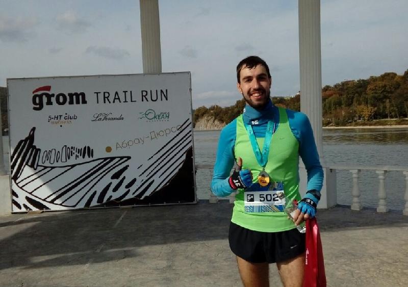 Смоленский бегун Иван Бубнов выиграл марафон в Краснодарском крае