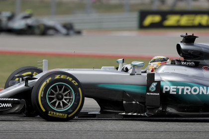 Пилот Mercedes Хэмилтон выиграл Гран-при США