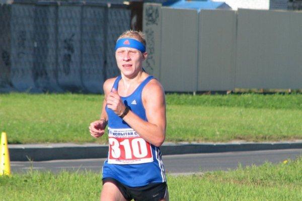 Смоленский бегун установил рекорд России на фестивале бега «Брянский лес»