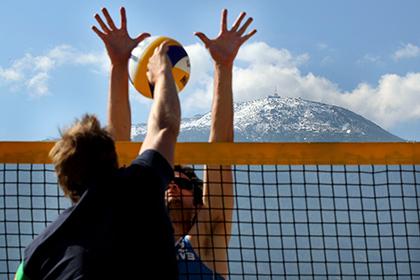 Волейбол на снегу стал отдельным видом спорта в России