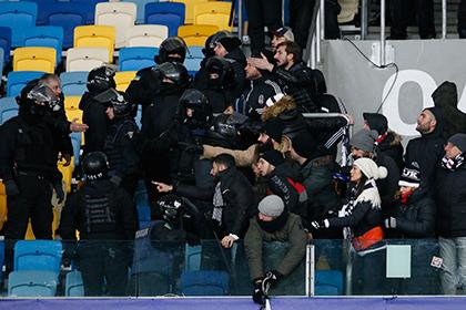 В драке украинских и турецких фанатов в Киеве пострадали 10 человек