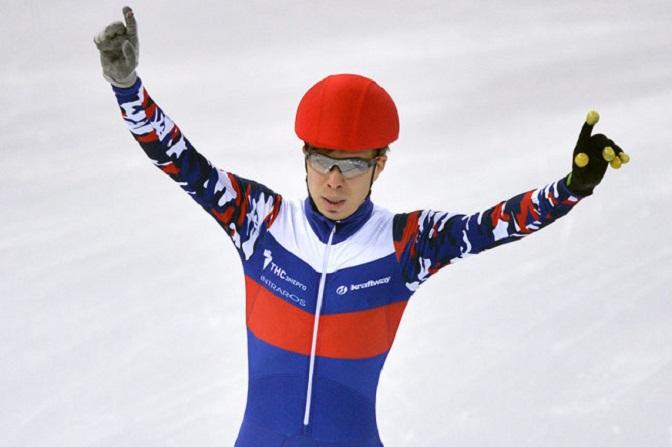 Выпускник смоленского училища олимпийского резерва завоевал очередные медали на Кубке мира по шорт-треку