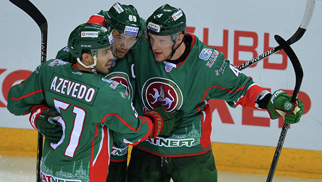 Хоккеисты «Ак Барса» обыграли СКА, прервав серию побед армейцев из 9 матчей