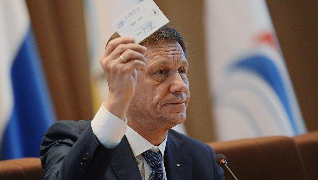 Жуков отреагировал на требование к России выступать под нейтральным флагом