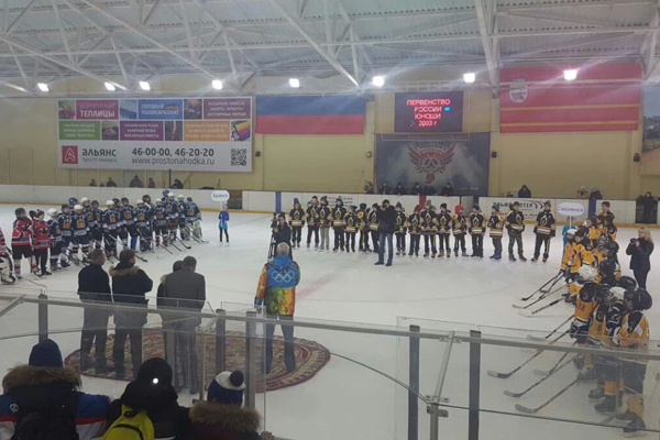 Смоленские хоккеисты выиграли домашний этап Первенства России