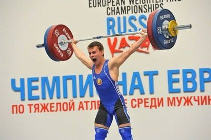Белорусского тяжелоатлета дисквалифицировали за попытку подмены допинг-пробы