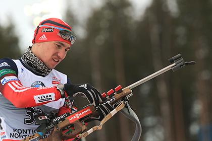 Дисквалифицированный за допинг биатлонист Логинов завоевал серебро на ЧЕ