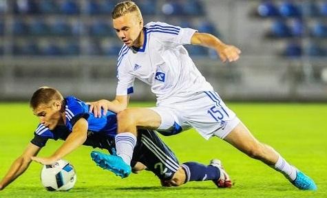 Смоленский футболист Максим Глушенков рассказал об успешном выступлении на Кубке ФНЛ