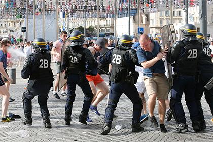 Участвовавшим в беспорядках на Евро-2016 россиянам закроют вход на ЧМ-2018