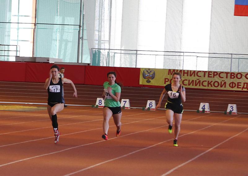 В Смоленске стартовал региональный турнир по легкой атлетике