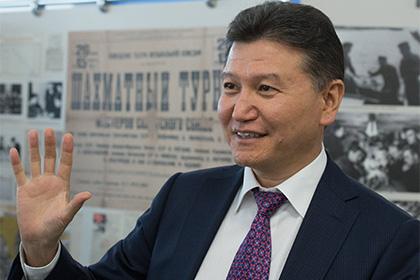 ФИДЕ объяснила публикацию информации об отставке Илюмжинова