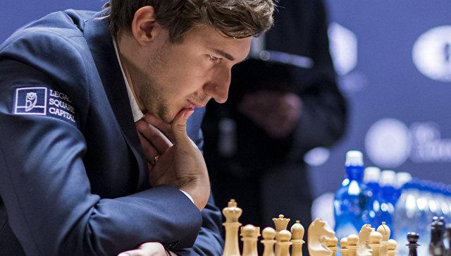 Путин предложил шахматисту Карякину стать членом Общественной палаты