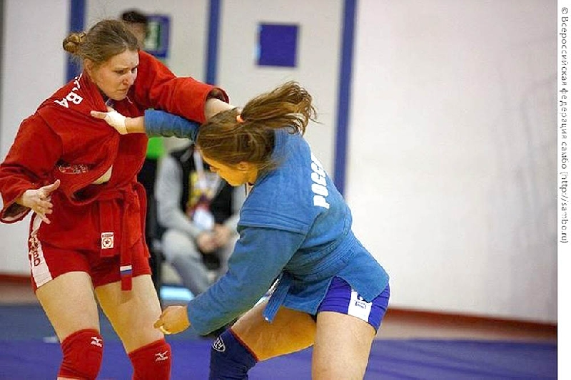 Студентка Смоленского училища олимпийского резерва завоевала «бронзу» на Чемпионате России по самбо