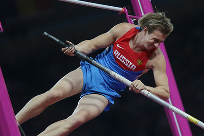 Пять российских легкоатлетов признались в применении допинга
