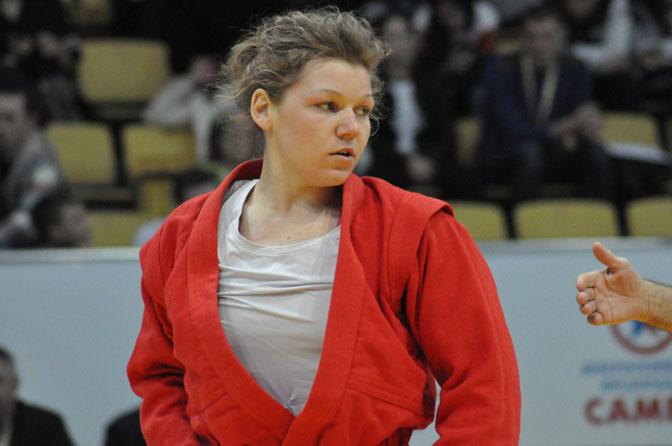 Смоленские самбистки выиграли две медали на турнире во Владивостоке