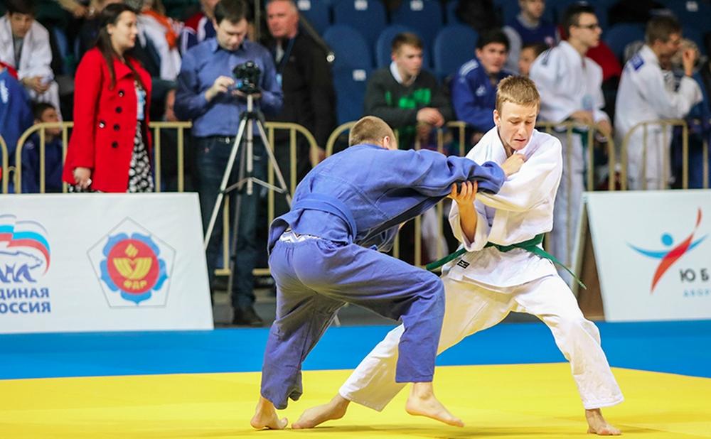 Смолянин стал победителем всероссийского турнира по дзюдо