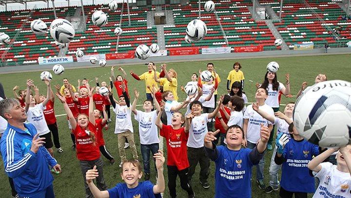 В Смоленске устроят Всероссийский фестиваль «День массового футбола»