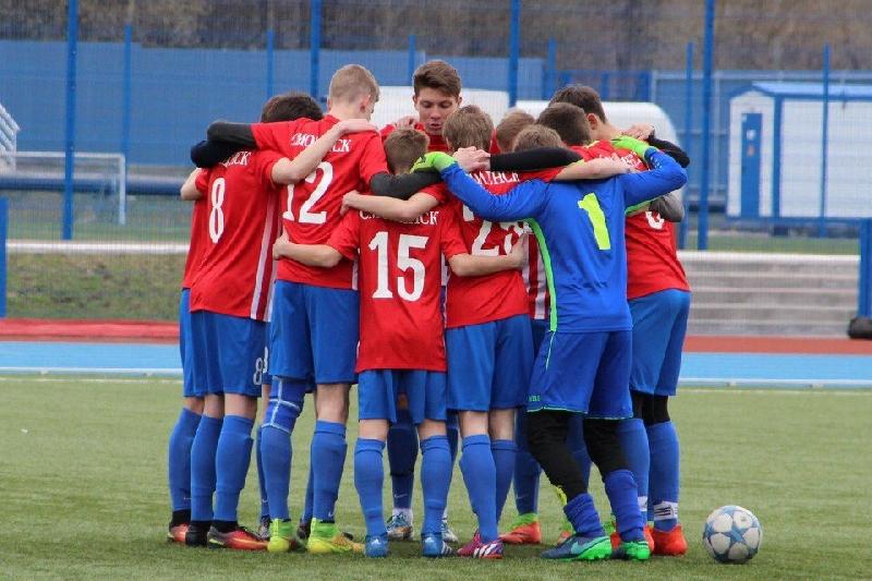 Смоленские футболисты не доиграли матч в Брянске из-за агрессивного тренера