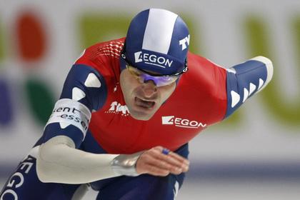 Голландский конькобежец пожаловался на «воняющих с любой стороны русских»