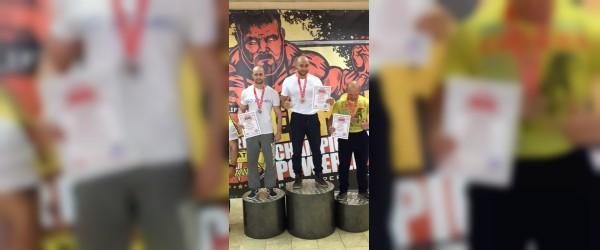 Смоленские спортсмены отличились на чемпионате Европы по пауэрлифтингу