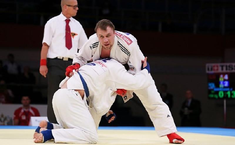 Выпускник смоленского училища стал призером чемпионата Европы по джиу-джитсу