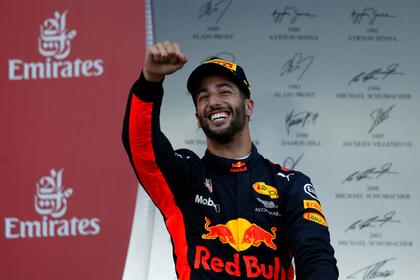 Пилот Red Bull Риккьярдо выиграл Гран-при Азербайджана