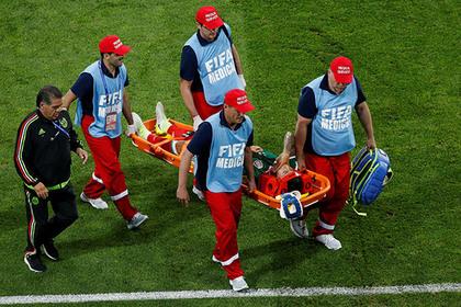 Сборная Мексики лишилась основного защитника перед решающим матчем с Россией