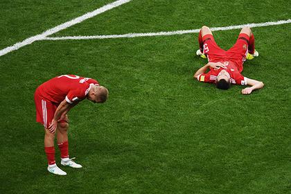 Российские футболисты остались без премиальных за Кубок конфедераций