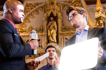 Чемпион мира по шахматам Карлсен стал героем фотошоп-битвы