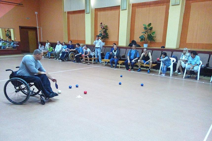 В смоленском «Шарме» прошли соревнования по бочче