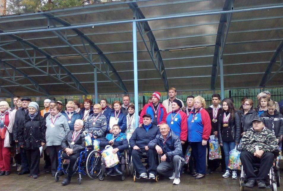 135 спортсменов из 27 районов Смоленской области приняли участие в региональной спартакиаде инвалидов