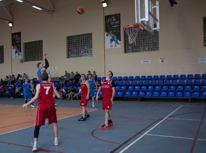 Смоленский «Академспорт» обменялся победами с «Воронежем»