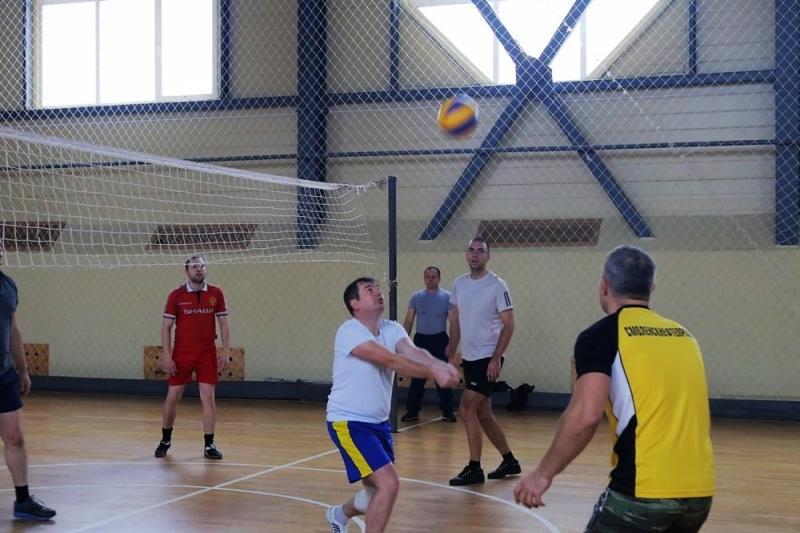 В Главном управлении МЧС России по Смоленской области состоялся товарищеский матч по волейболу