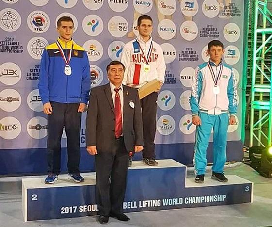 Смоленские гиревики привезли два «золота» с чемпионата мира