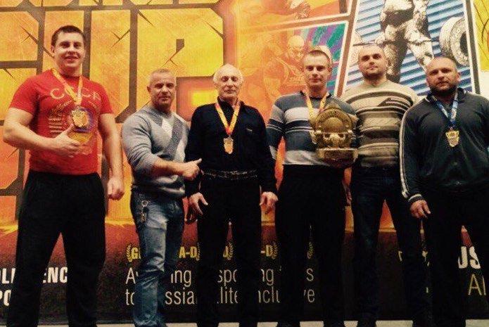 Смоленские пауэрлифтеры успешно выступили на Кубке мира