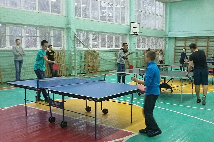 В Смоленске прошел турнир по настольному теннису среди школьных команд