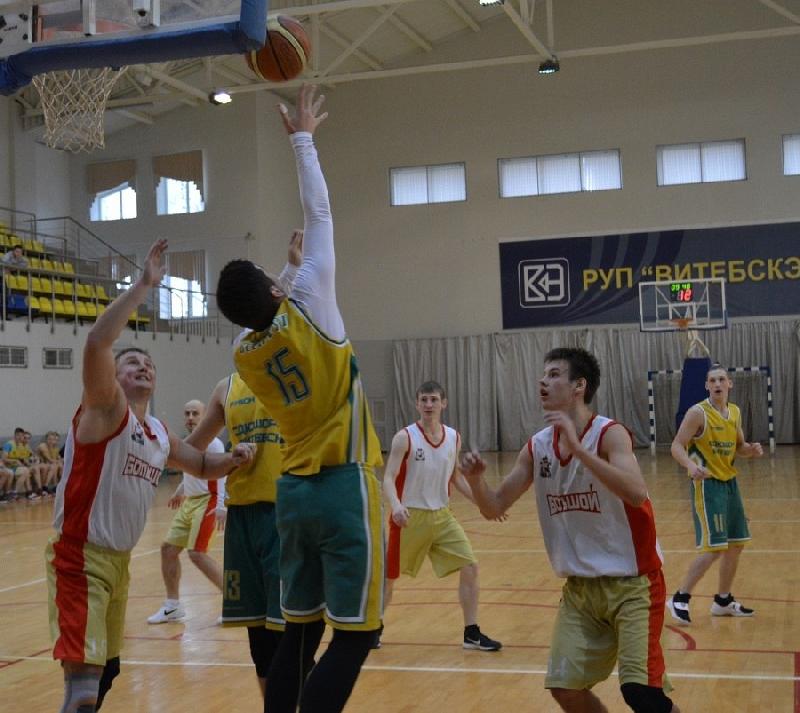 Смоленские баскетболисты дважды выиграли в Воронеже
