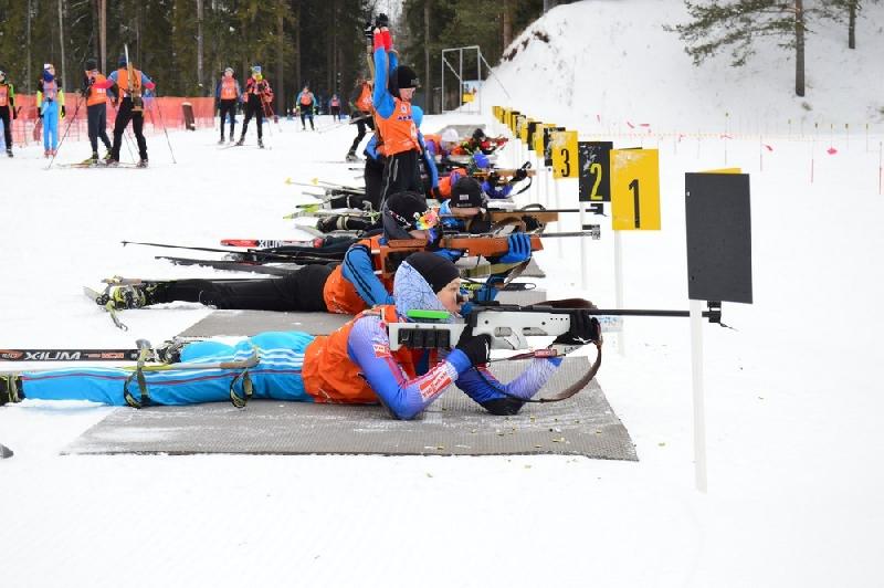 Смоленские биатлонисты выиграли четыре медали на всероссийских стартах