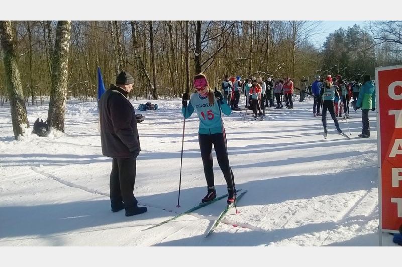 Снег будет! Смолян 22 декабря зовут на лыжные гонки