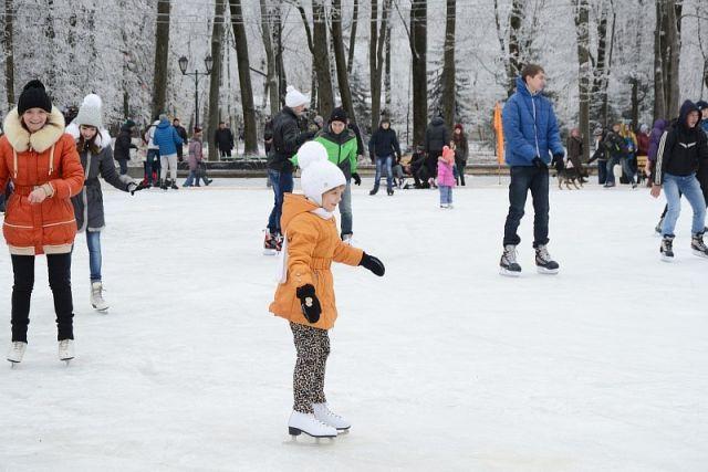 Катки и хоккейные коробки залили в каждом из районов Смоленской области