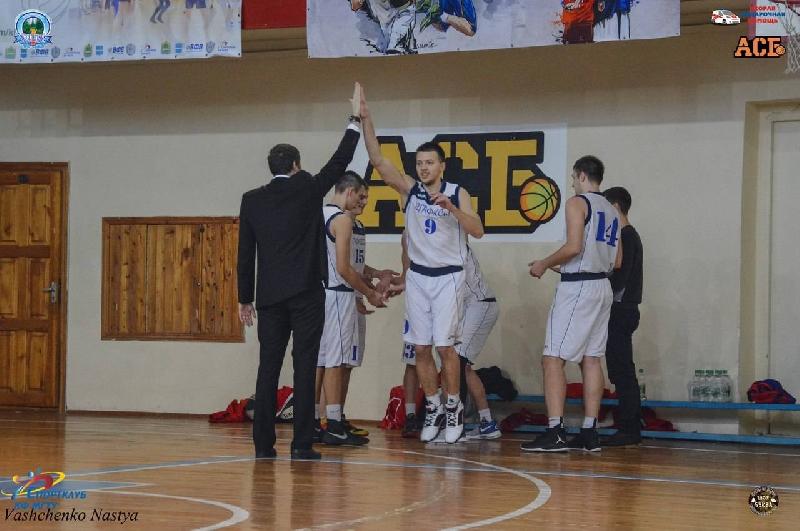 Баскетболисты СГАФКСТ выиграли предварительный этап АСБ