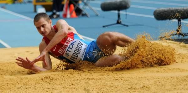 Смоленские легкоатлеты выиграли две медали на зимнем чемпионате России