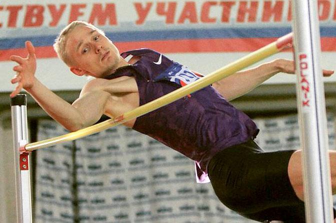 Смоленского легкоатлета не допустили до международных стартов
