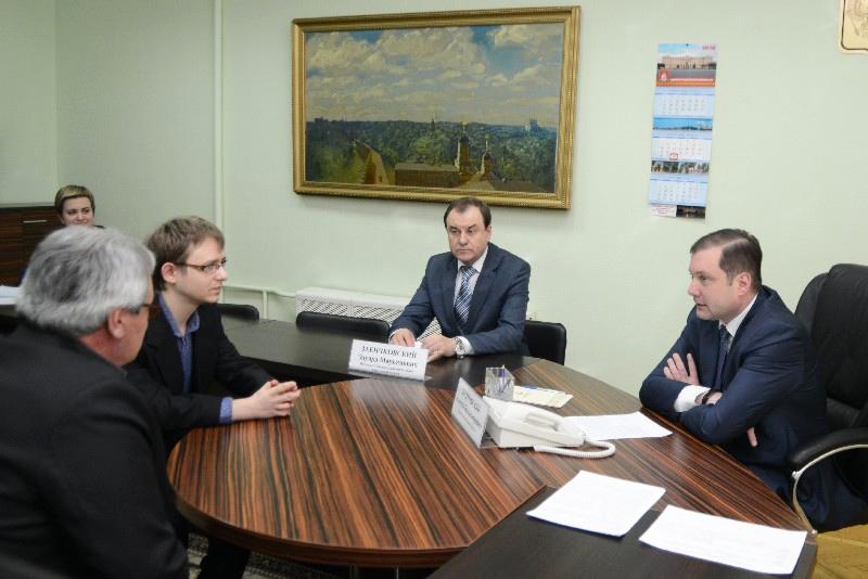 Губернатор Смоленской области поможет спортсмену-инвалиду приобрести дорогостоящий спортинвентарь