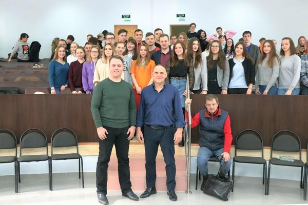 Смоленские студенты встретились с главным тренером сборной России по дзюдо Эцио Гамбой