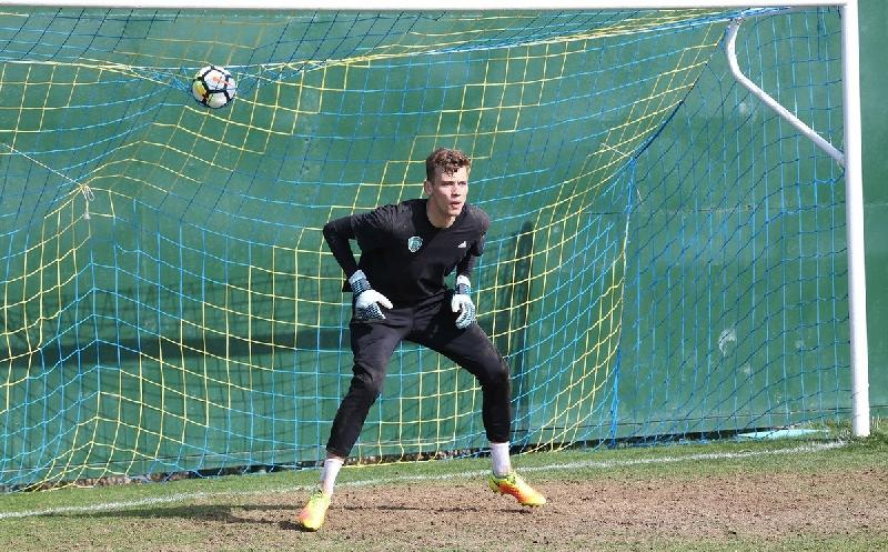 Смоленский вратарь помог молодежной команде «Ахмата» выиграть впервые за полгода