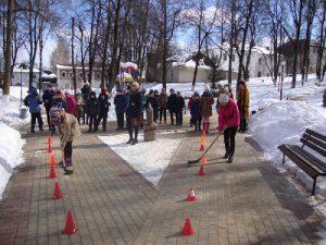 В Дорогобуже состоялась спортивно-игровая эстафета «Снежные забавы»