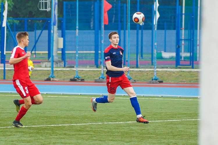 Смоленский футбольный клуб завершил сезон победой